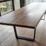 Stort plankebord i eikOverflatebehandlet i samme farge som eikegulvet hellip